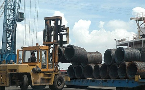 vietnam-still-puzzled-with-excess-of-steel-imports-over-exports-502176-20130204093749-steel